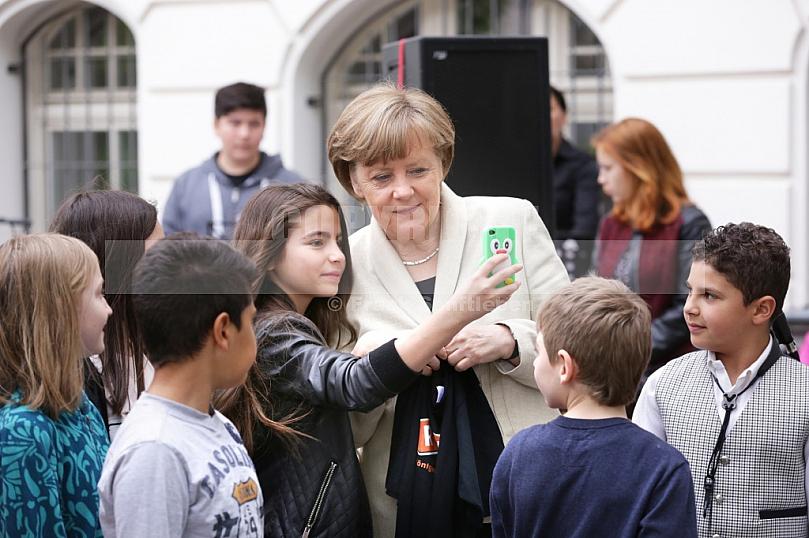Bundeskanzlerin besucht Schule